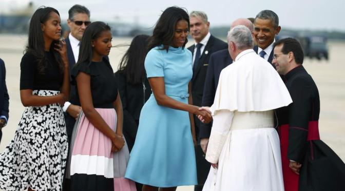 Beautiful Elegance: First Daughters Sasha And Malia Stun During Meeting With Pope Francis