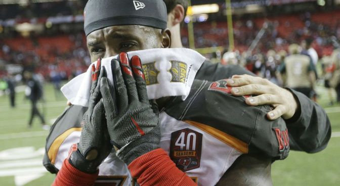 Tampa Bay's Kwon Alexander Has The Game Of His Life Less Than 48 Hours After Brother Is Killed