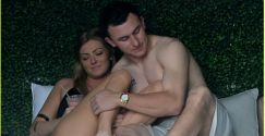 shirtless-johnny-manziel-makes-out-with-his-girlfriend-01