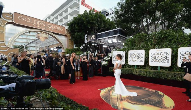 Hollywood's A-List Comes Out For Golden Globes