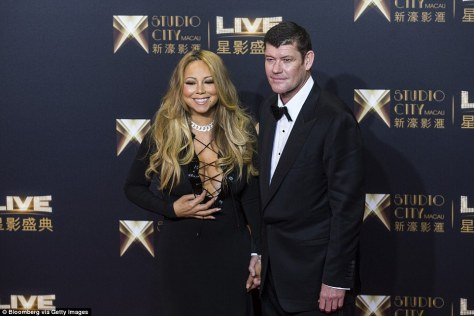 30729C0E00000578-3411289-Enlisting_the_talent_In_October_Packer_brought_Mariah_to_Macau_f-a-95_1453459725569