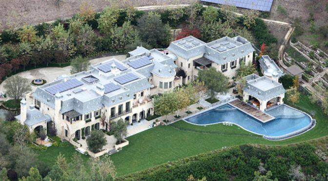 Real Estate: Homes Of The Rich And Famous