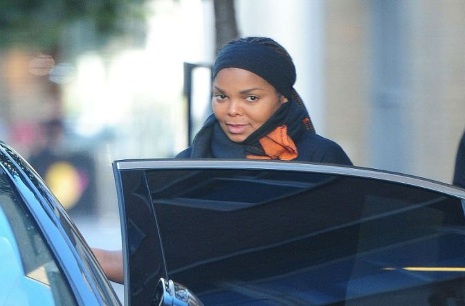 Pregnant Janet Jackson Sighting As The Queen Steps Out In London To Shop
