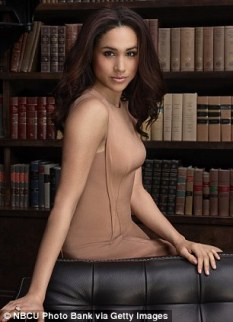 39df5d4b00000578-0-glamorous_brunette_meghan_stars_as_paralegal_rachel_zane_in_suit-m-22_1477914887675