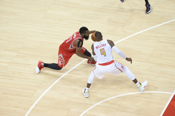 Hawks End Two Game Losing Streak, Beat Rockets 112-97