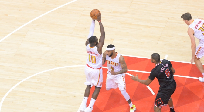 Hawks Survive Bulls' Dominant 4th Quarter Rally After Leading By 30+