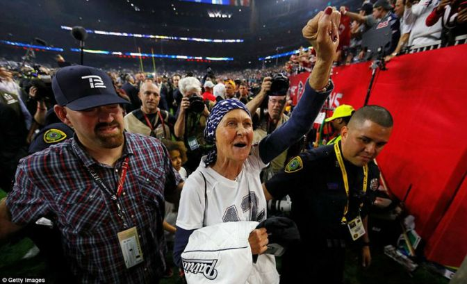Wouldn't Miss It For The World, Tom Brady's Mom Watches Son Make History With 5th Super Bowl Win