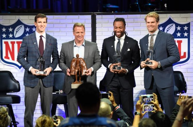 Arizona Cardinals WR Larry Fitzgerald and New York Giants QB Eli Manning Named Walter Payton NFL Man of the Year