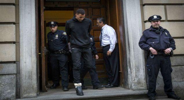 Thabo_Sefolosha_NYPD_rtr_img