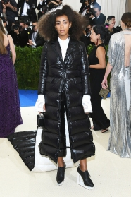 "NEW YORK, NY - MAY 01: Solange attends the ""Rei Kawakubo/Comme des Garcons: Art Of The In-Between"" Costume Institute Gala at Metropolitan Museum of Art on May 1, 2017 in New York City. (Photo by Dia Dipasupil/Getty Images For Entertainment Weekly)"