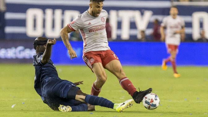 Atlanta Keeps Playoff Pace With Road Draw