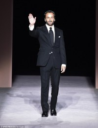43FCA41F00000578-0-Man_of_the_hour_Ford_took_to_the_runway_in_one_of_his_bespoke_su-m-81_1504748511735