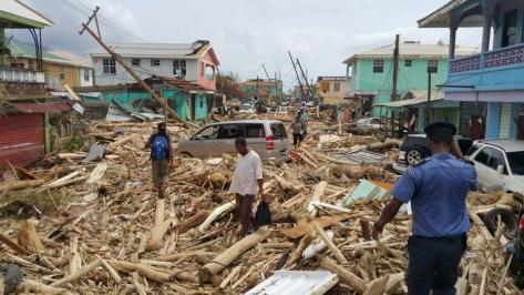 topshot-dominica-hurricane-maria-aftermath_f0f9c27e-9fb4-11e7-a38e-8ee9fe2ac8e7