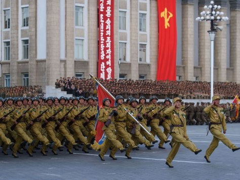 North-korea-marching-1