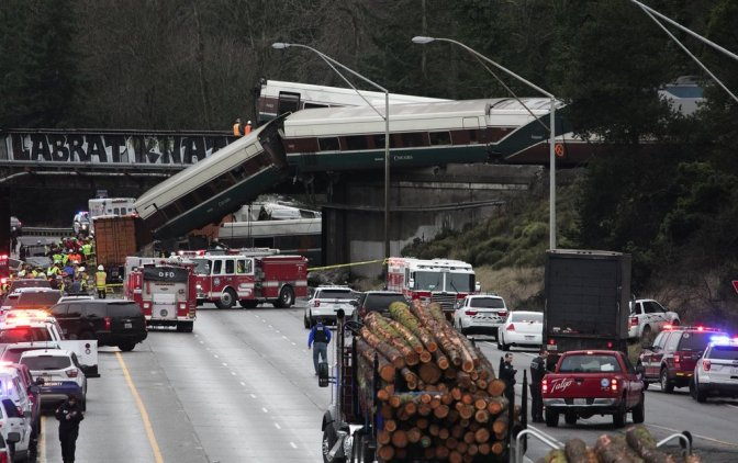 First Day Of New Route Disastrous: Multiple Fatalities After Amtrak Derails