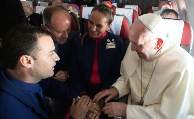 I Do: Pope Francis Marries Couple On Flight