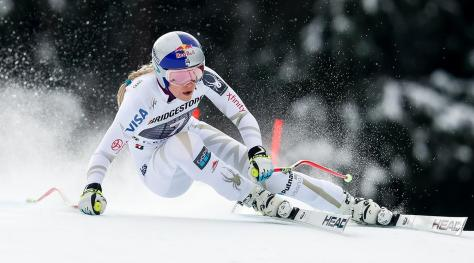 lindsey-vonn-skiing-super-g