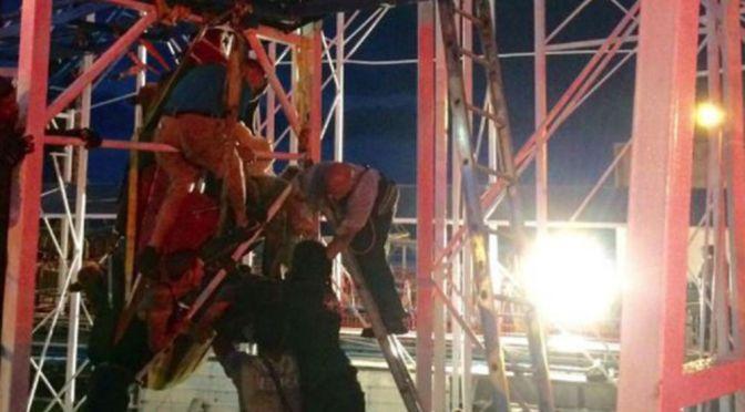 Six Hurt In Florida Roller Coaster Derailment