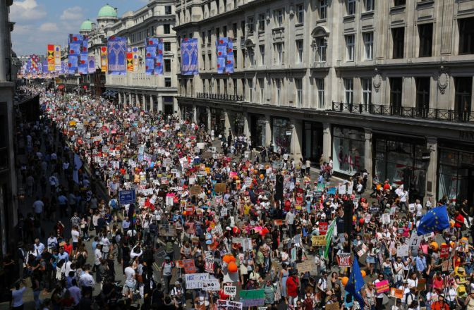 More Than 100 Thousand Protest Trump In London, Up Next…Scotland