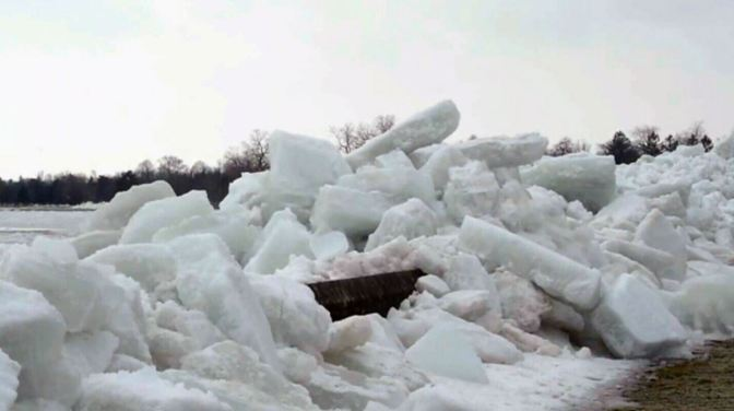 """Social Media Flooded With Images Of """"Ice Tsunami"""""""