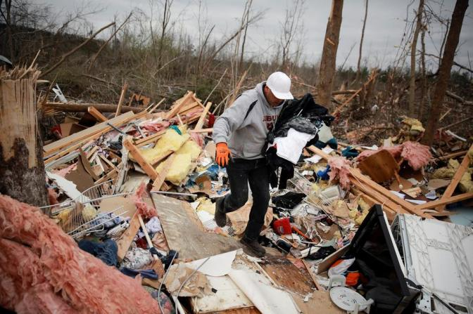23 Dead in Alabama Tornadoes